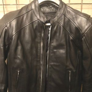 AVG Sport Leather Jacket. NWOT size LG